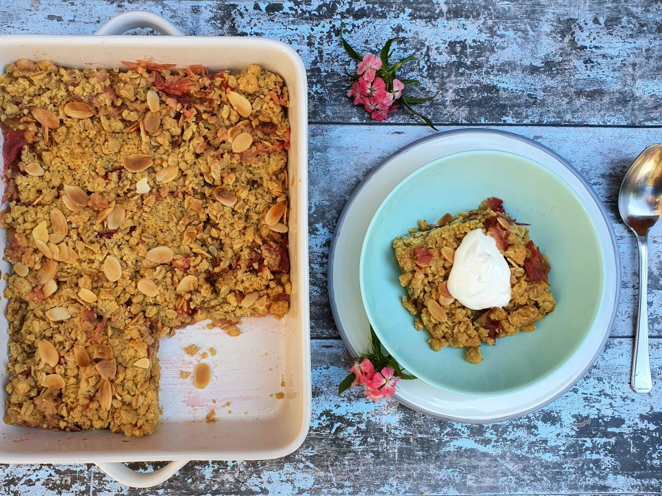 rhubarb-crumble-recipe-baking-classes-london