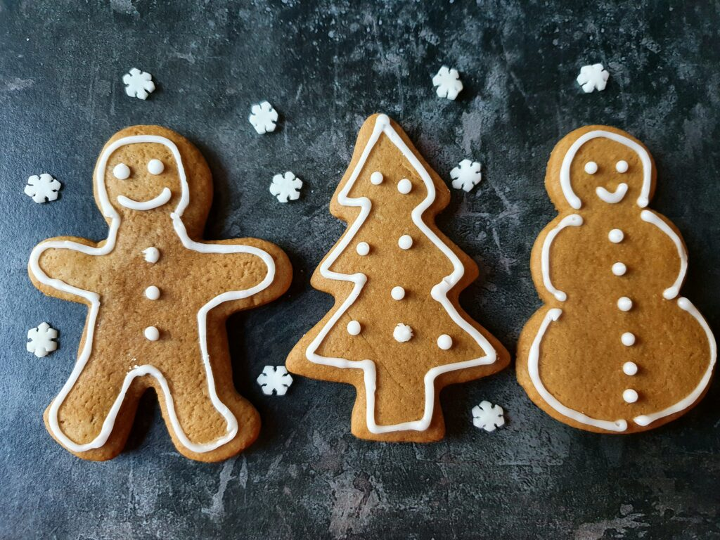 christmas-gingerbread-biscuits-recipe-rise-and-shine-hampstead-london
