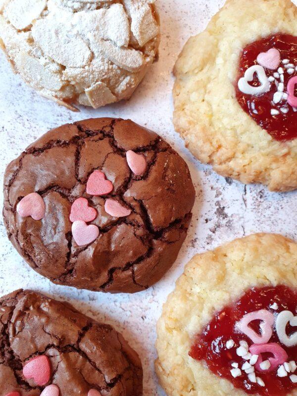 valentines-day-bespoke-cookies-online-willesden-london