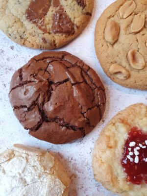 cookie-selection-gift-box-london-rise-and-shine