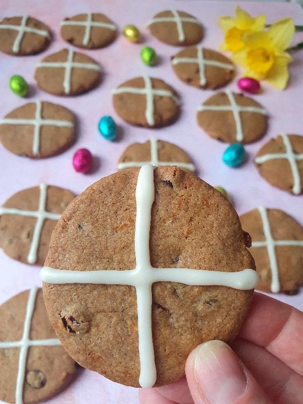 hot-cross-buns-cookies-recipe-baking-blog-london-rise-and-shine